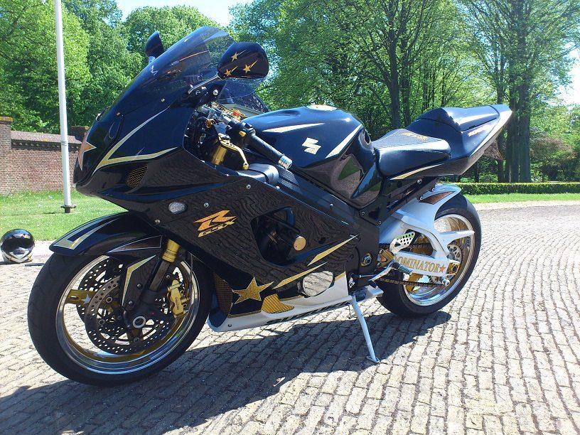 Custom GSX-R1000 K3 24K Gold CSB Nederland
