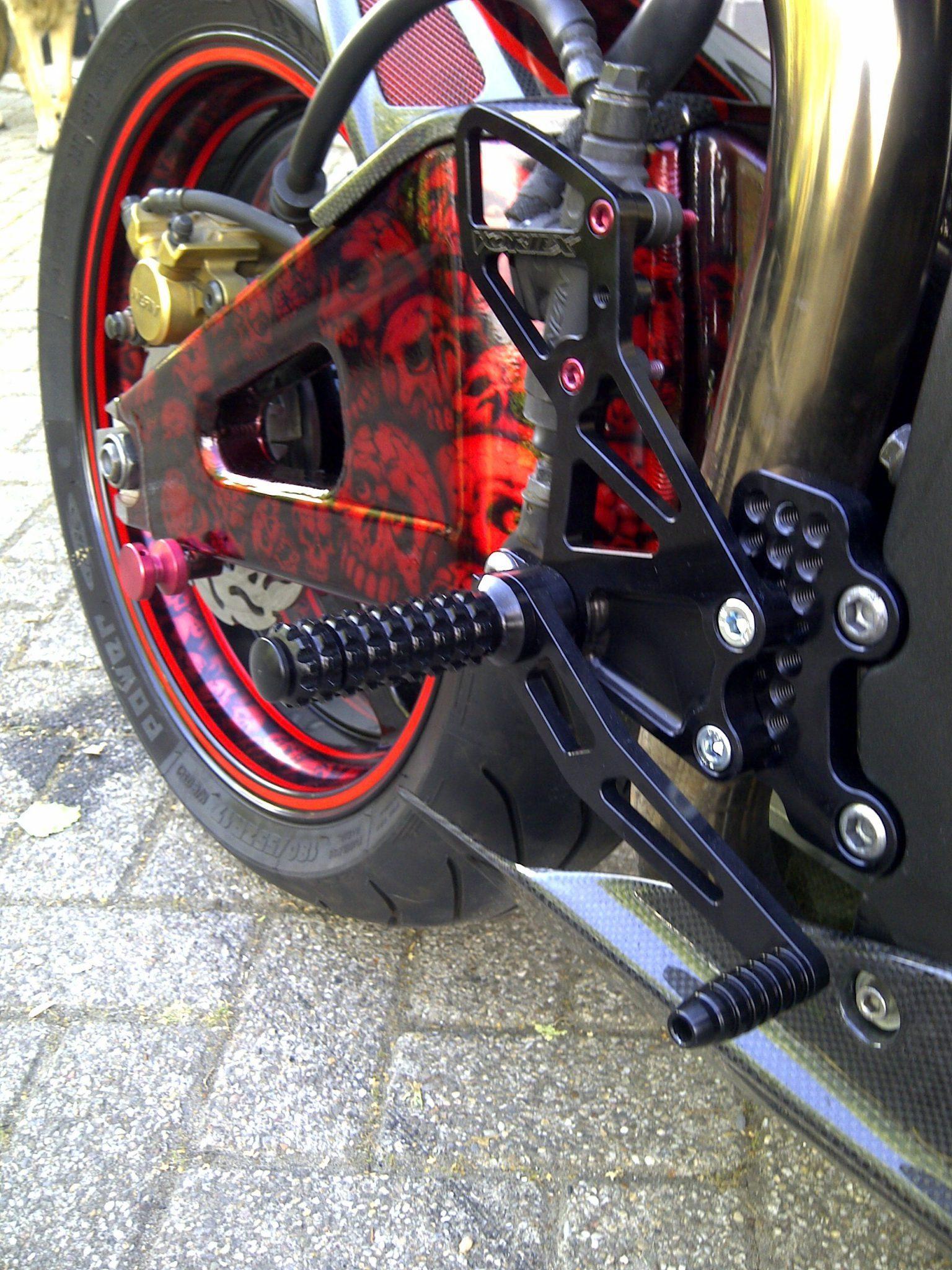 Honda CBR600rr 2004 Full Carbon 11