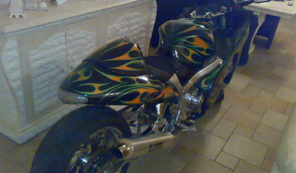 Custom spuitwerk en verchroomd Suzuki hayabusa custom sportbikes nl