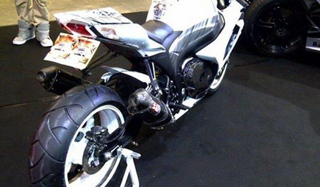 Suzuki GSX-R1000 K9 CustomSportBikes CSB NL (17)
